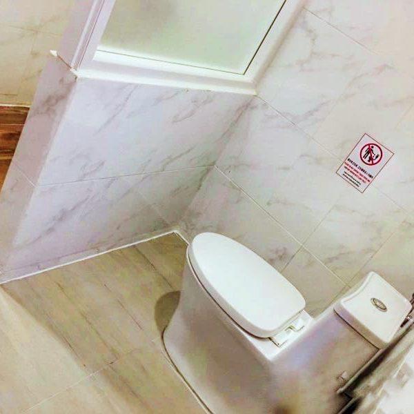 泰國龜島熱水冷氣房